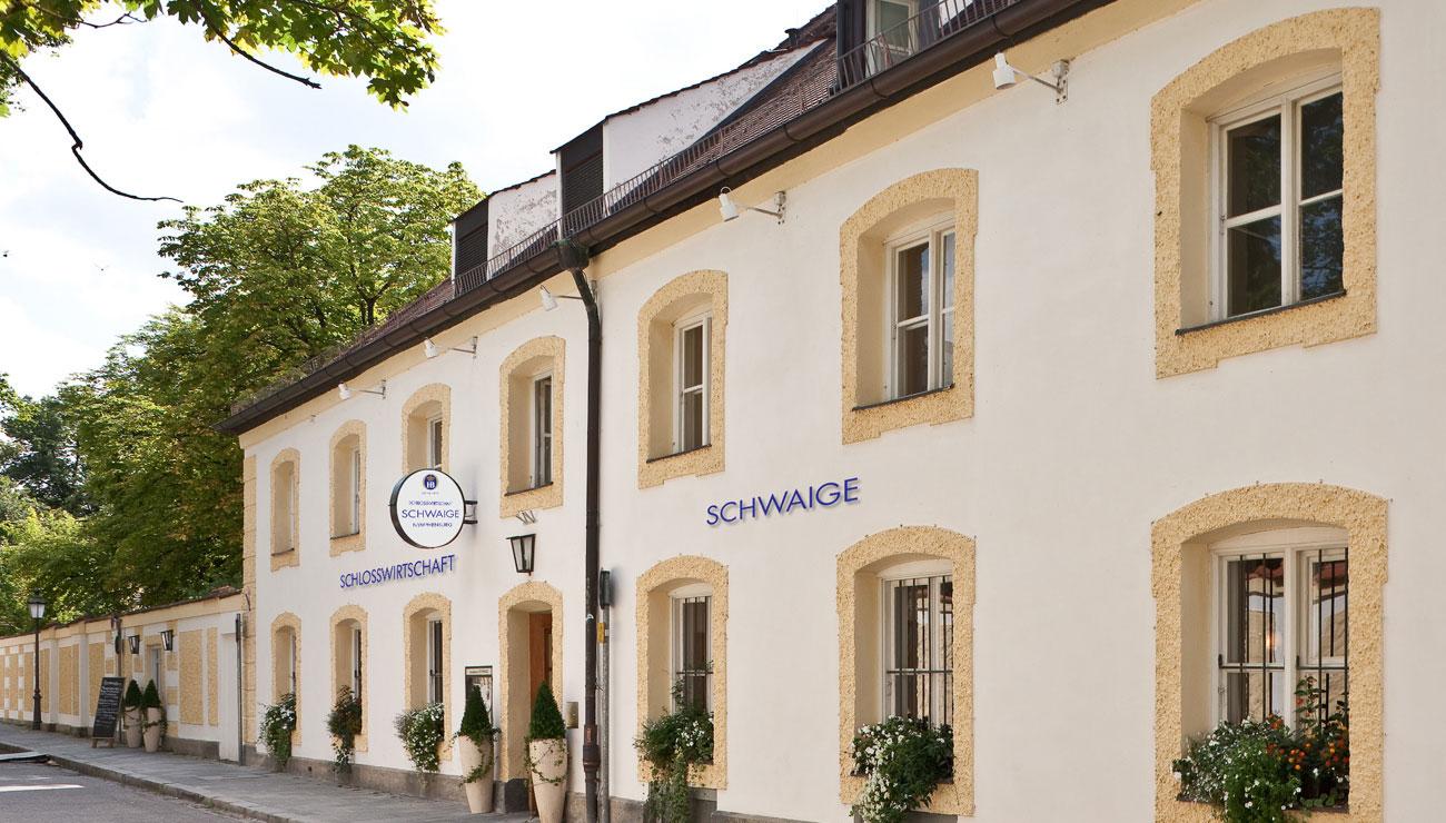 Aussenansicht der Schlosswirtschaft Schwaige, München