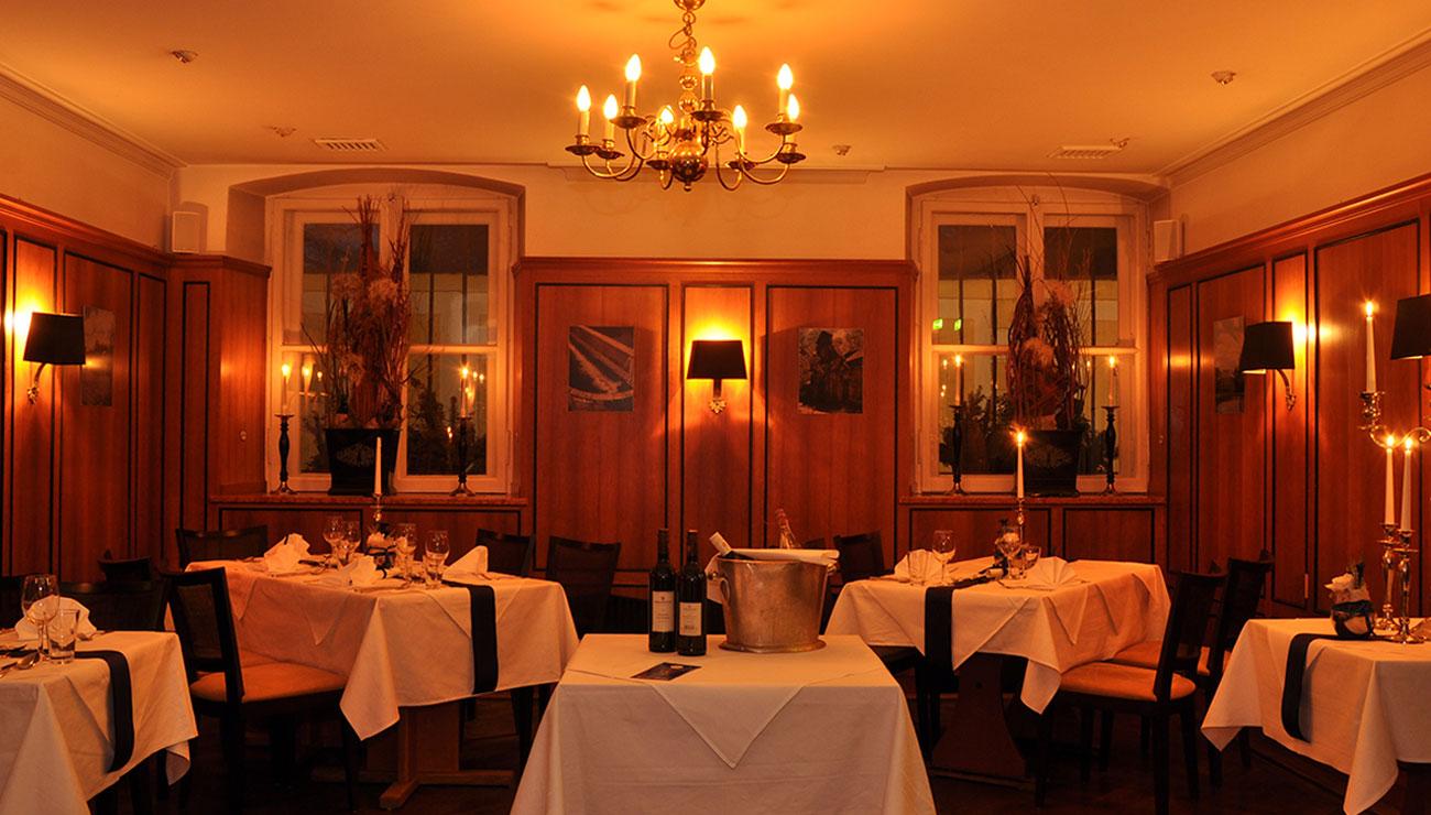 König Ludwig Dinner der Schlosswirtschaft Schwaige, München