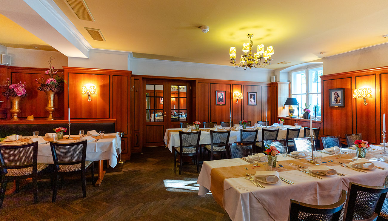 Wittelsbacher Zimmer der Schlosswirtschaft Schwaige in München